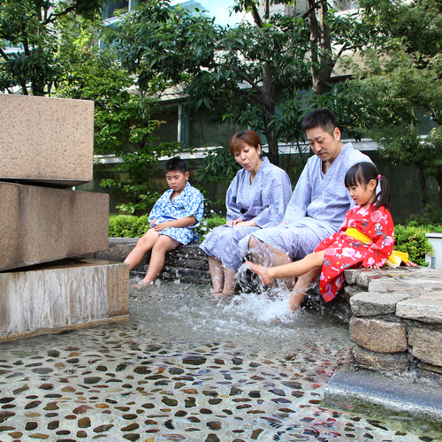 【越前松島水族館】入館券付!大人気のイルカショーも!みて・ふれて・楽しく学べる体験・体感型水族館♪